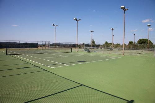 TENNIS+COURTS